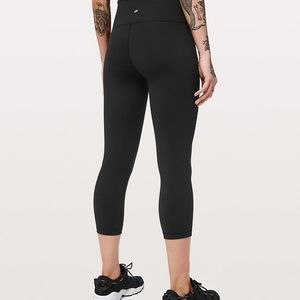 NWOT Lululemon Cropped Pants